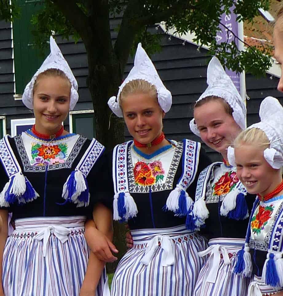 klederdracht nederland