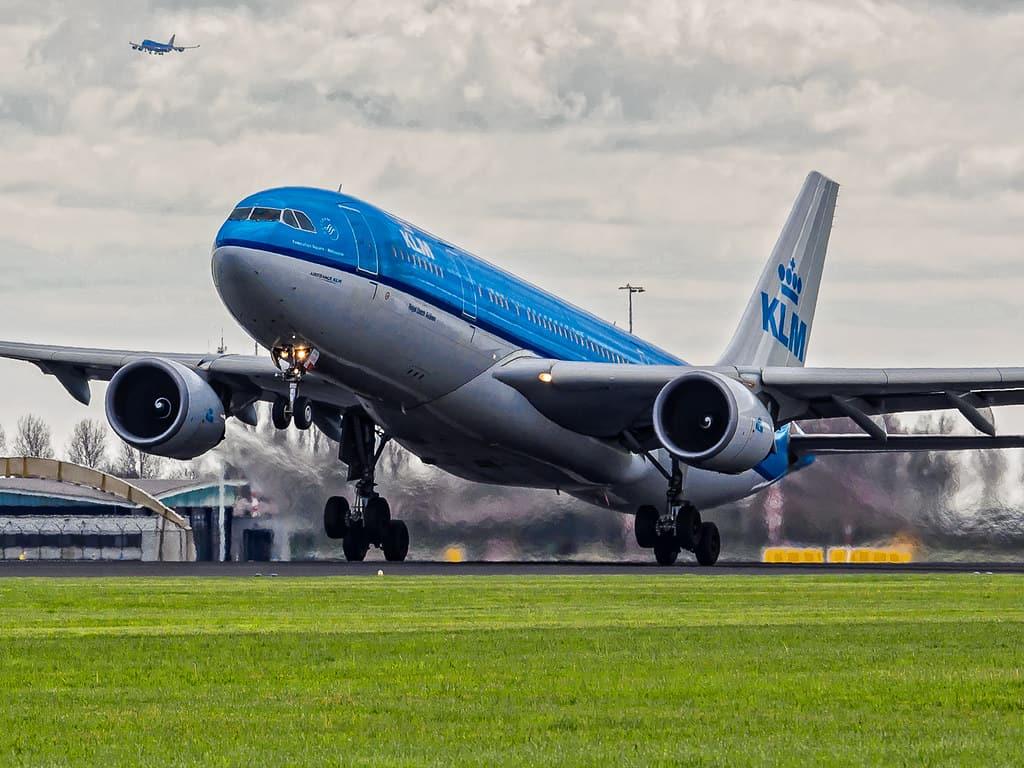 Offertas de voos para Amsterdā